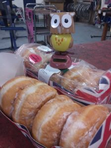 Owl & doughnuts